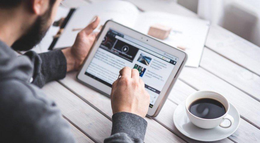 Digitalisierung vs. Kundenbedarf – wer sitzt am längeren Hebel?