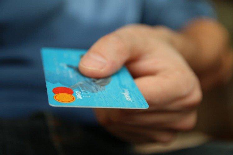 Bargeldlos bezahlen mit Kreditkarte